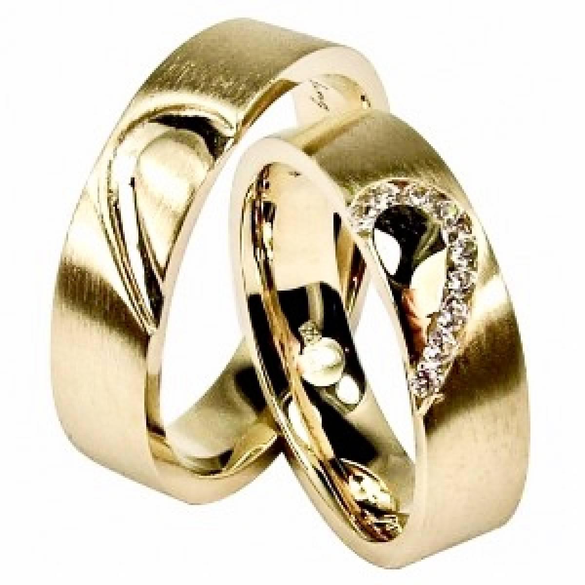Alianças em ouro de 9 e 19 kts, com diamantes ou zircónias