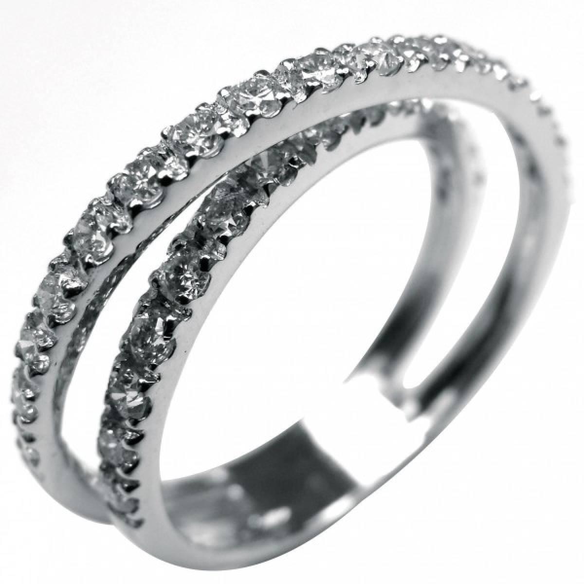 Anel de Noivado ouro branco de 19 kts, com 30 diamantes de 0,50 cts