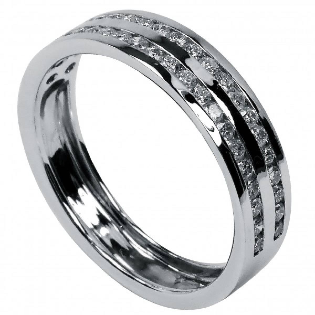 Anel de Noivado em ouro branco de 19,2 kts, com 50 diamantes de 0,75 cts