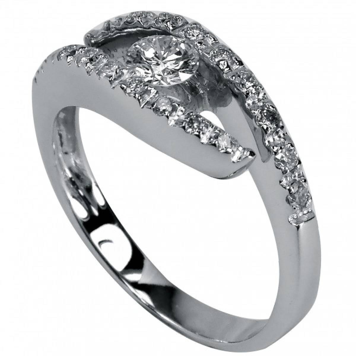 Anel de Noivado com diamantes ou zircónias, em ouro de 19,2 kts