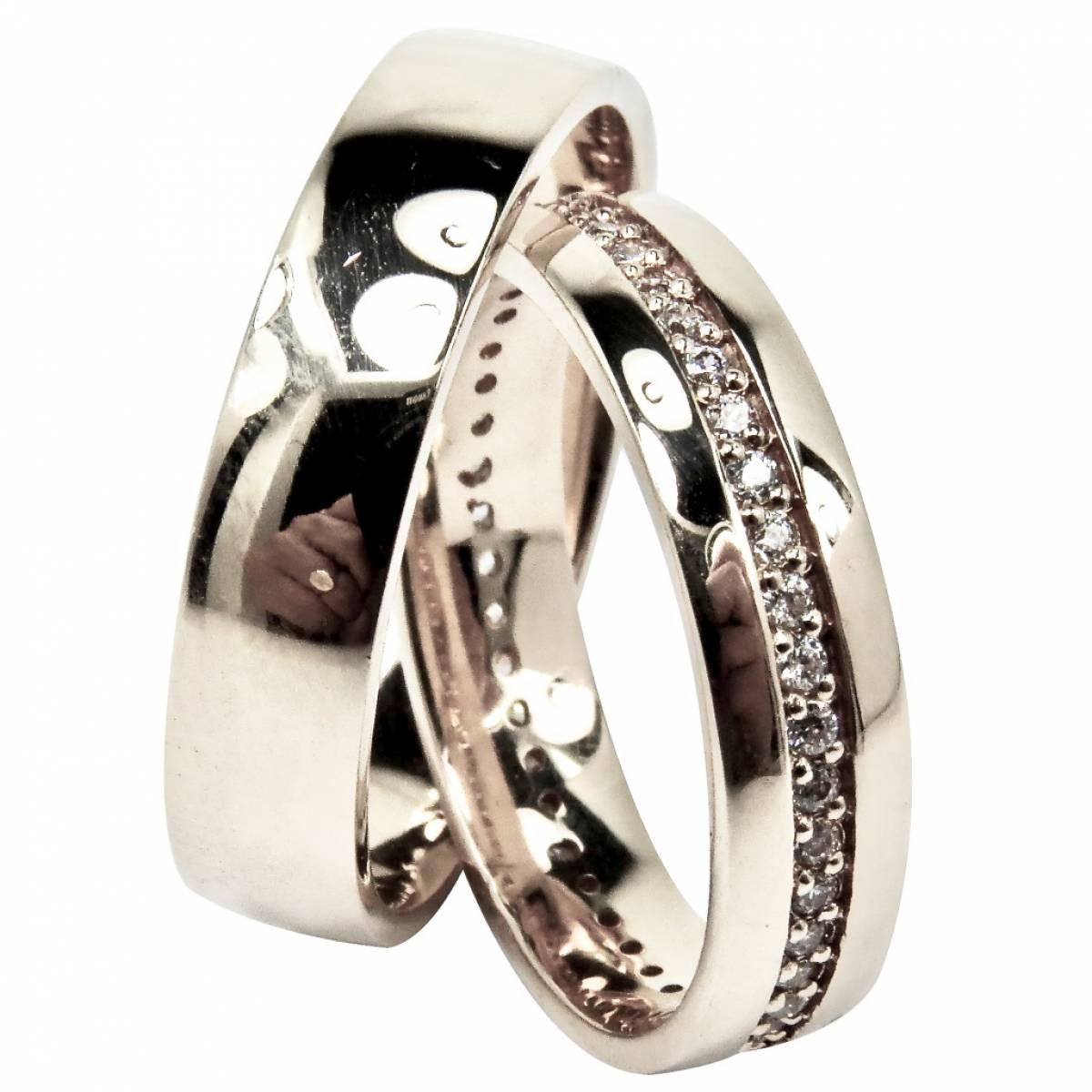 Alianças de Casamento em ouro rosa com diamantes