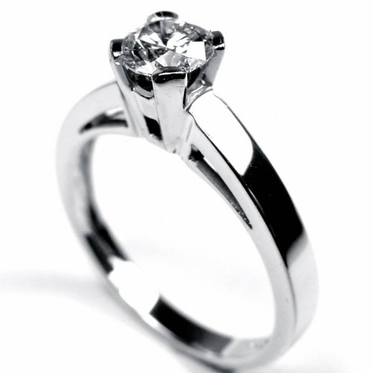 Anel de Noivado em ouro de 19,2 kts, com 1 diamante de 0,50 kts