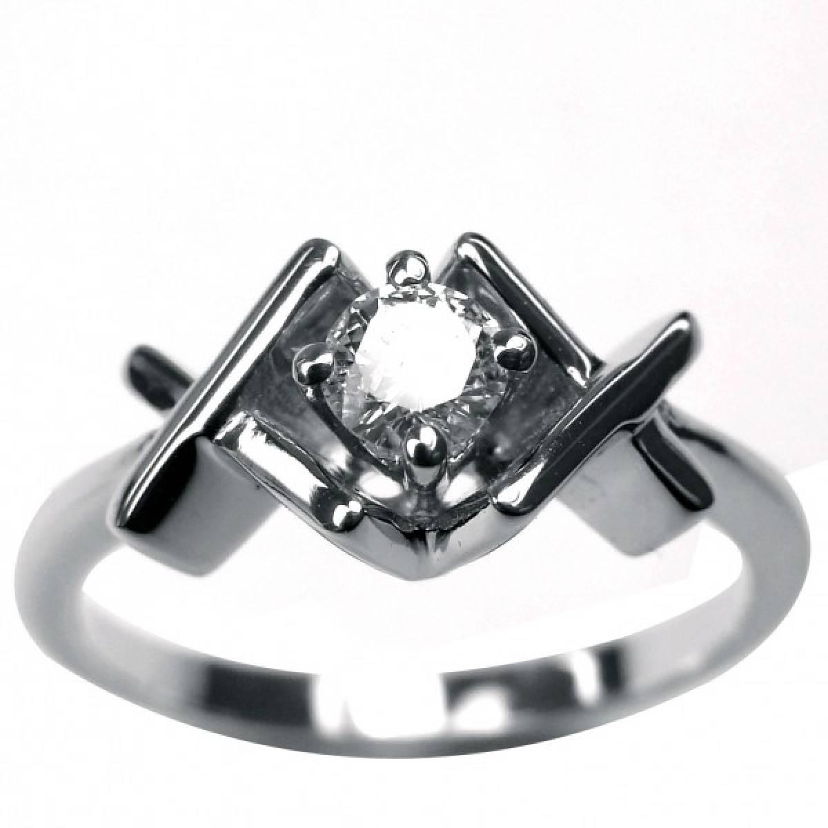 Anel de Noivado em ouro de 19,2 kts, com 1 diamante de 0,23 cts