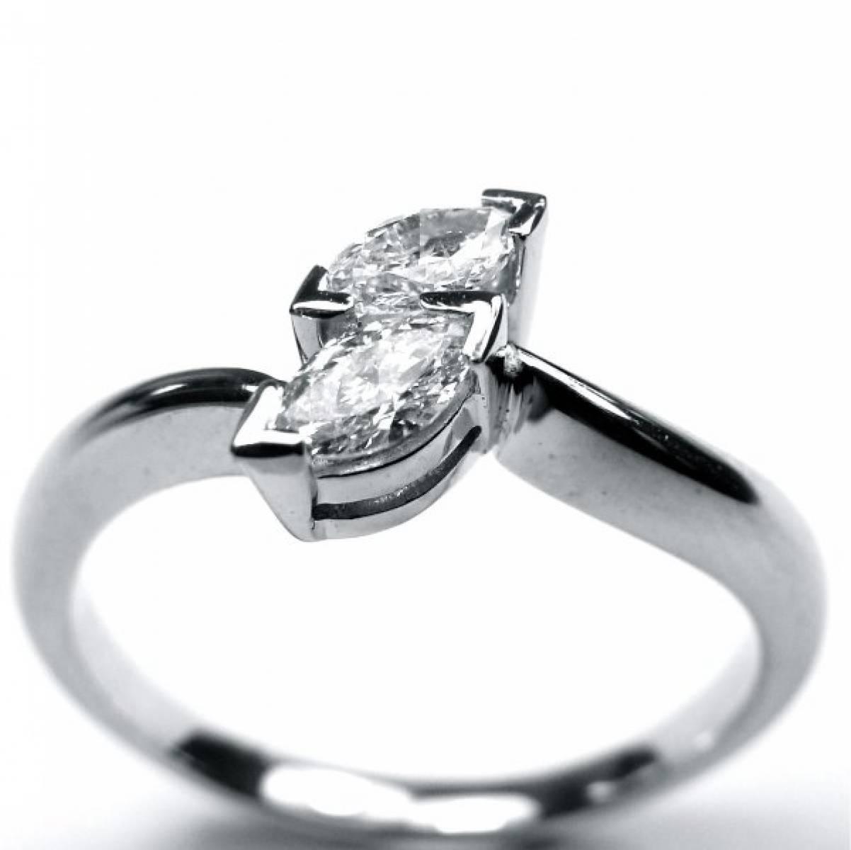 Anel de Noivado em ouro de 19 kts, com 2 diamantes de 0,34 cts