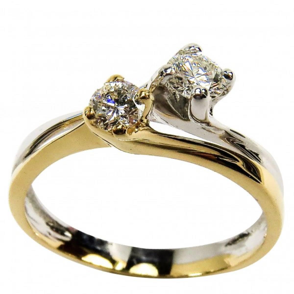 Anel de Noivado em ouro bicolor de 9 e 19 kts, com diamantes ou zircónias