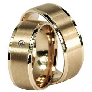 Alianças de Casamento ouro amarelo de 9 e 19,2 kts com 1 diamante