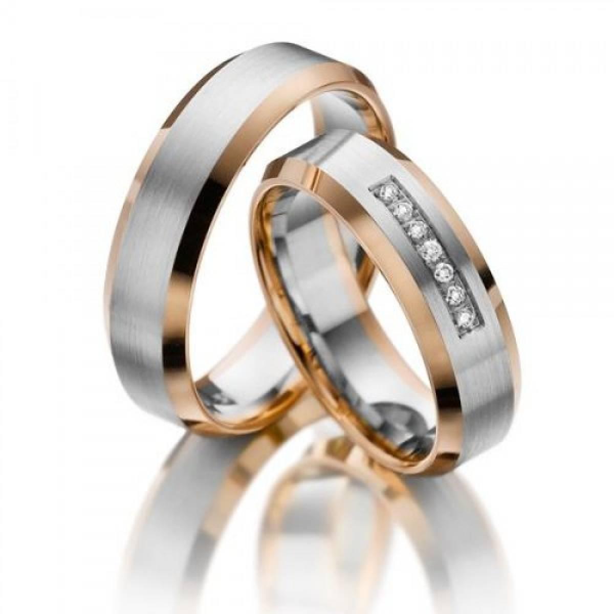 Alianças de Casamento em Ouro Bicolor com 7 Diamantes de 0,11 CTS