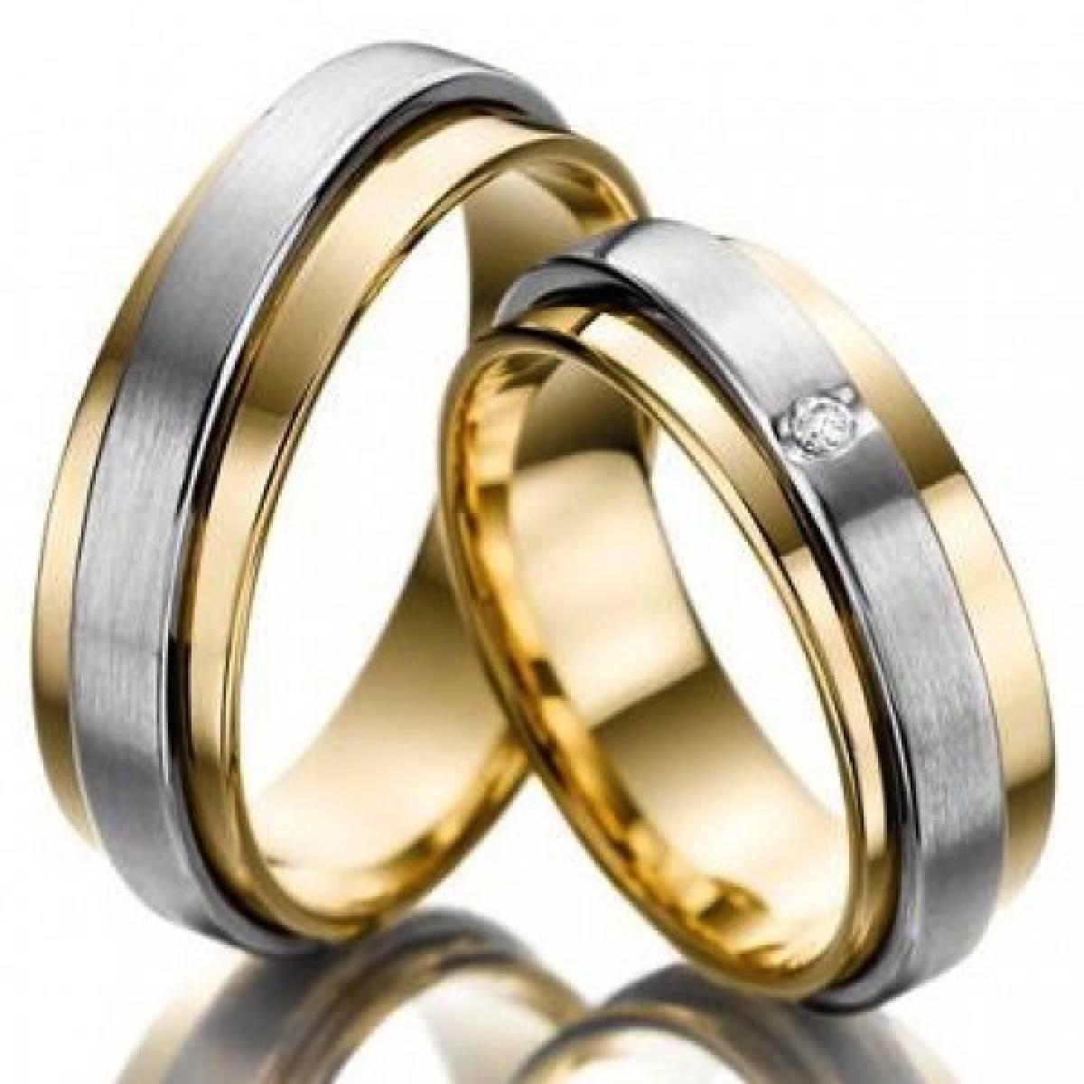 Alianças de Casamento em Ouro Bicolor com 1 Diamantes de 0,03 CTS