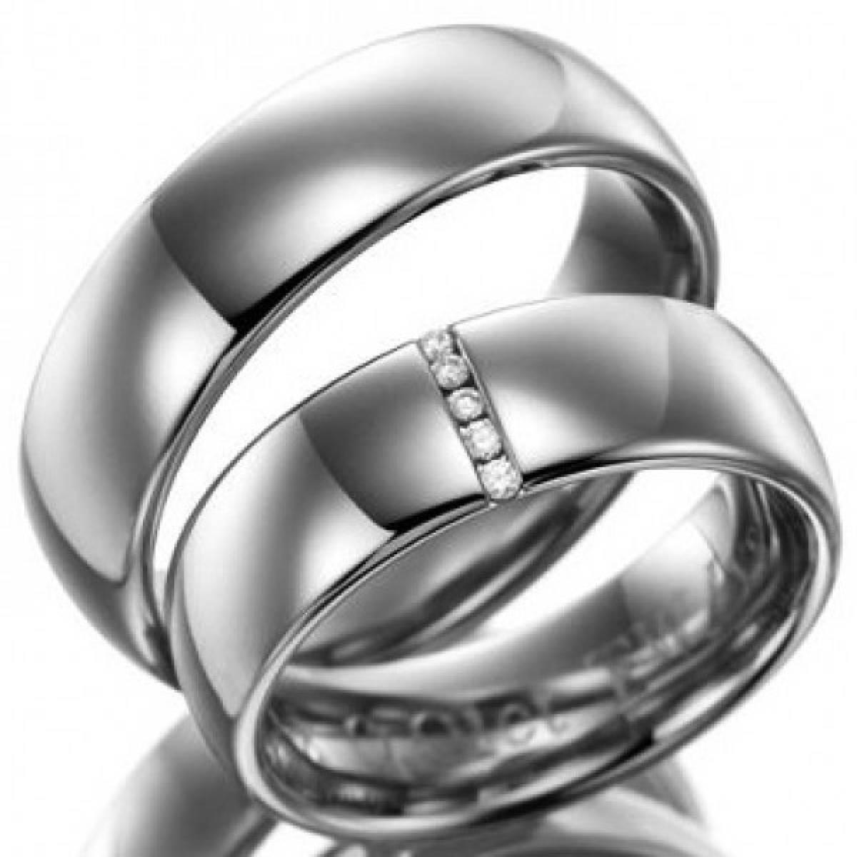 Alianças de Casamento em Ouro Branco com 5 Diamantes de 0,05 CTS